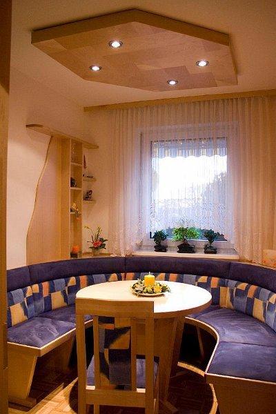 moebel k chen essecken sitzecken. Black Bedroom Furniture Sets. Home Design Ideas